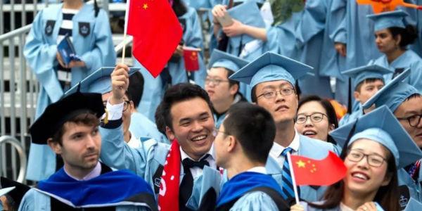 中国92%留美博士不愿回国,国外的世界就这么香?他们列了3个原因