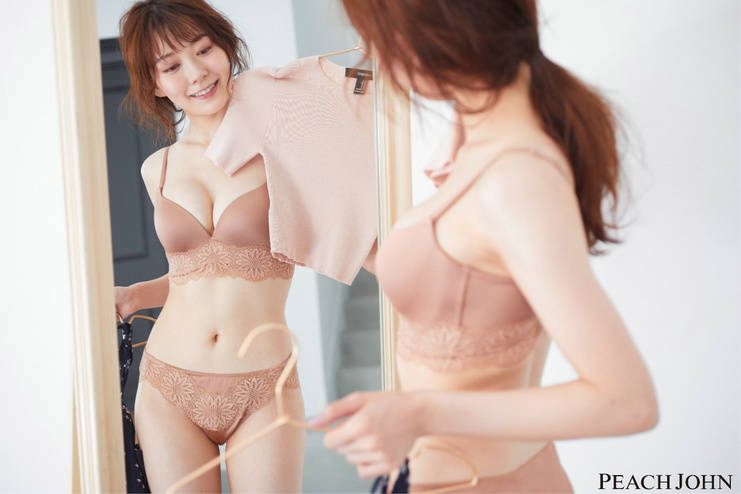 前NMB 48成員渡邊美優紀,穿著PEACH JOHN蜜桃派人氣內衣展現美麗身姿