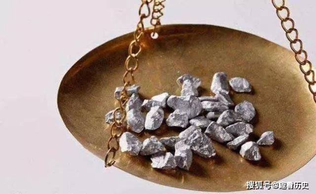 原创            为什么古人拿到银子都要咬一口?不会吃进细菌吗