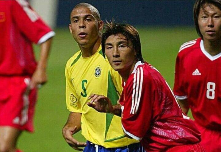 传奇国脚!他随国足踢过奥运会,拿过亚洲杯亚