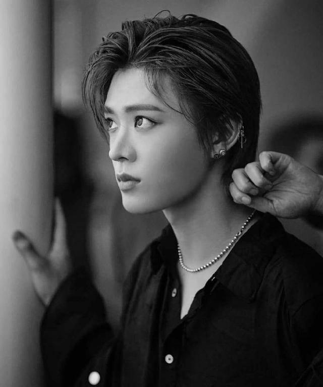 原创             韩国化妆造型下,仍然被称长得很日系的SM男团成员!驾驭各种发型