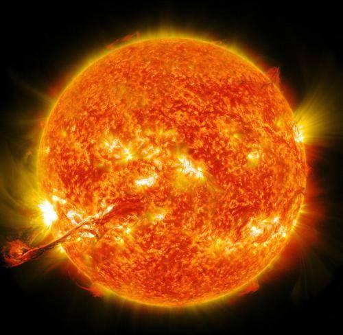 平静了三年的太阳,终于不再沉默,一场M级耀斑已释放极高能量