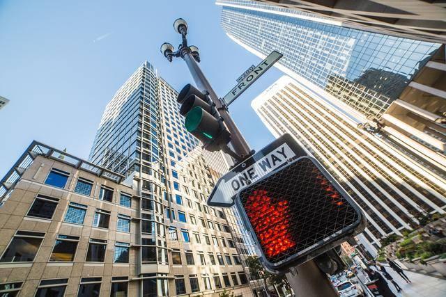 """三四线城市房地产市场现""""原形"""",一个标志显现,房价会降吗?"""