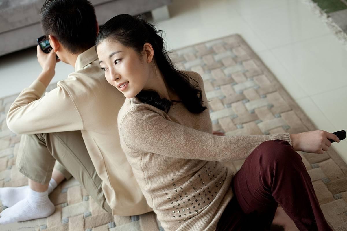 图片[1]-五年的军恋,我满足不了她家里要求,她要分手怎么挽回?-泡妞啦
