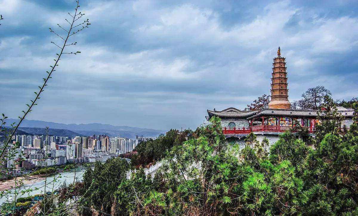 中国的gdp靠什么_亚洲唯一的中立国,靠中国,人均GDP翻10倍,如今富得邻国模仿