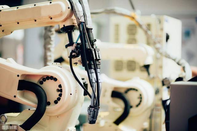 磐云科技:冲压机械手节约生产成本 磐云