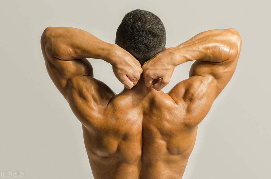 """肌肉块头太大,会变成""""死""""肌肉吗,柔韧性会变差吗?"""