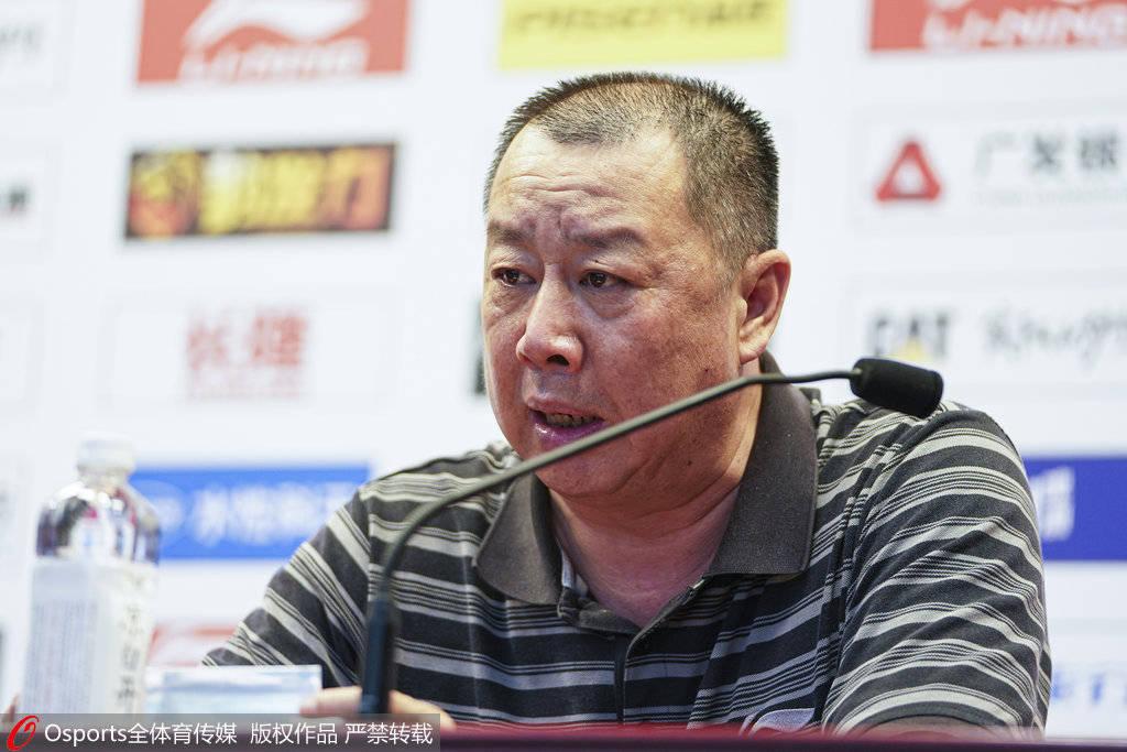 吴庆龙:需要去适应下午比赛 因为空场所以不算有主场优势