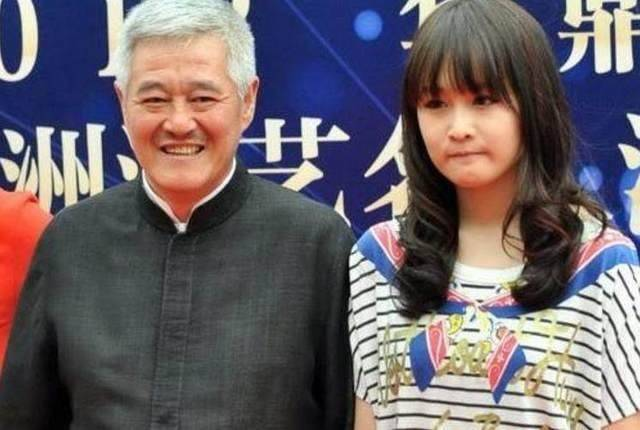 """赵本山女儿新剧被批""""根本没演技"""",好好做网红不好吗?"""