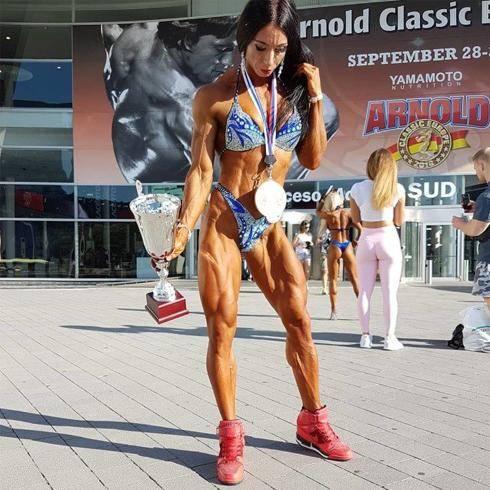 体重69公斤的肌肉妹子,肌肉质感完美,出场便秒杀大部分男人 减肥方法 第3张