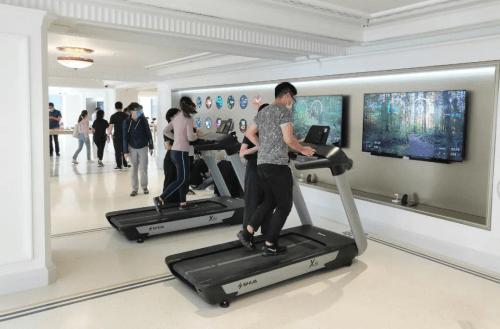 舒华X6i豪华智能跑步机入驻华为全球最大旗舰店 国内新闻 第9张