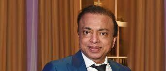 原创 又一印度富豪为女儿办婚礼花6个亿,堪称顶级婚礼,他今欠债11亿