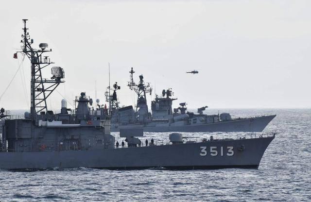 继美英俄法后,白眼狼国家出手支援印度,2艘军舰火速开赴印度洋