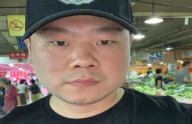 幸运的岳云鹏:五个姐姐将他抚养成人,他成名后给姐姐们买房买车