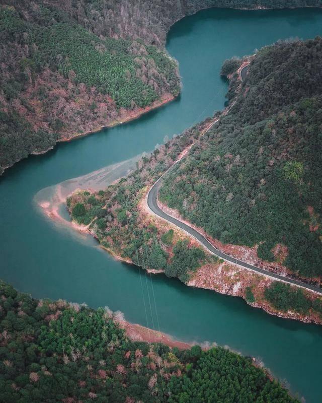 距杭州1.5h,隐藏了个浙江山海秘境,高铁直达庆幸未火