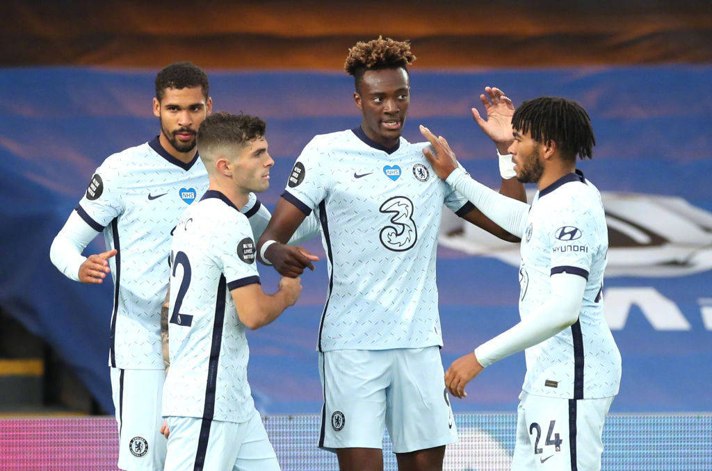 原创            英超最新积分榜:切尔西反超居第三,阿森纳1-1被莱斯特城绝平