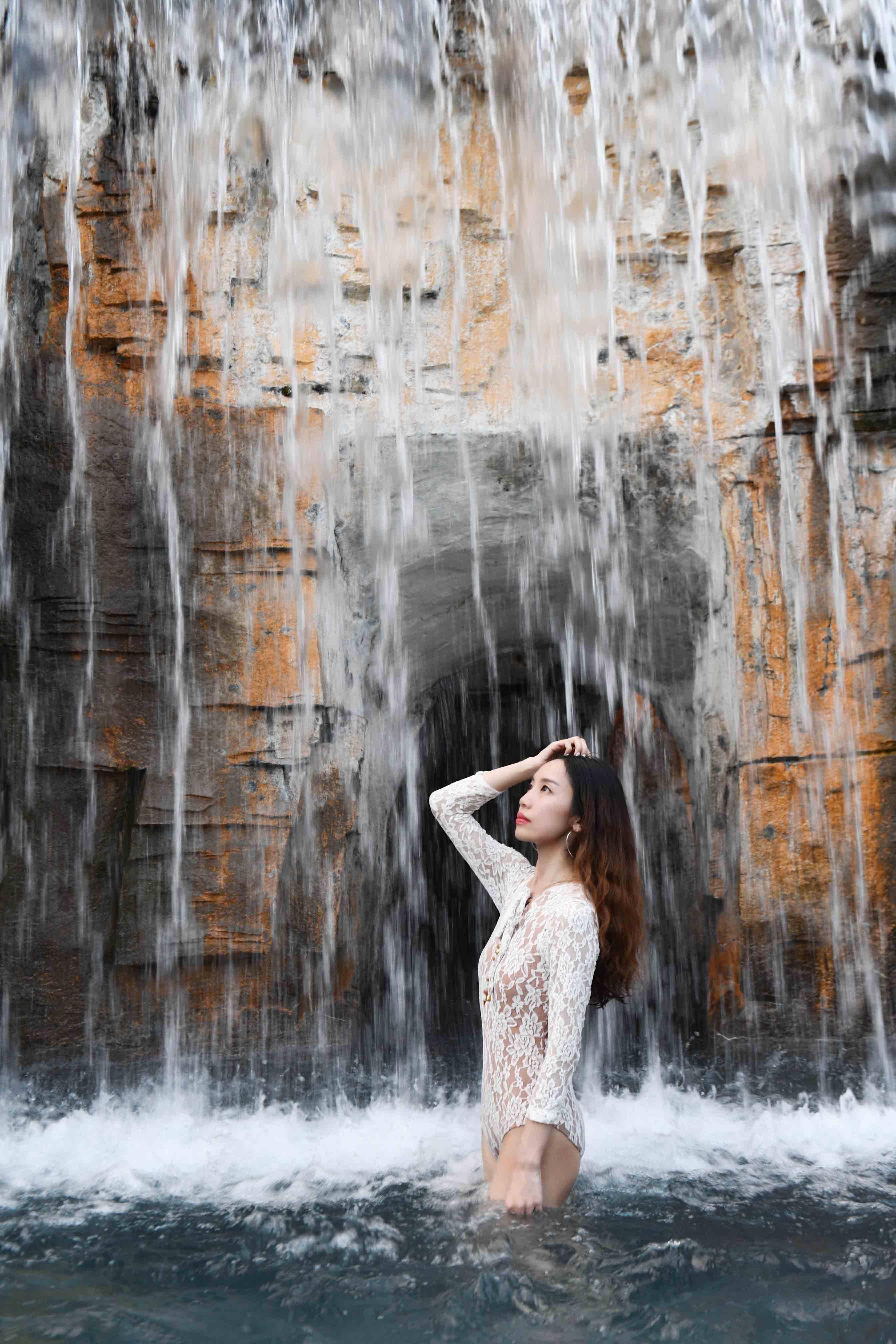 珠三角周末游去哪?不妨去云浮摘水果泡温泉,感受悠闲的田园生活