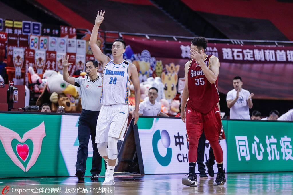 林书豪29分7板6助翟晓川两双 北京多点开花大胜山西