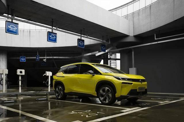 试驾广汽新能源埃安V,这个科幻味儿对了!