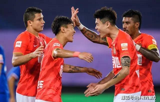 中超揭幕战,恒大淘宝2:0击败上海申花