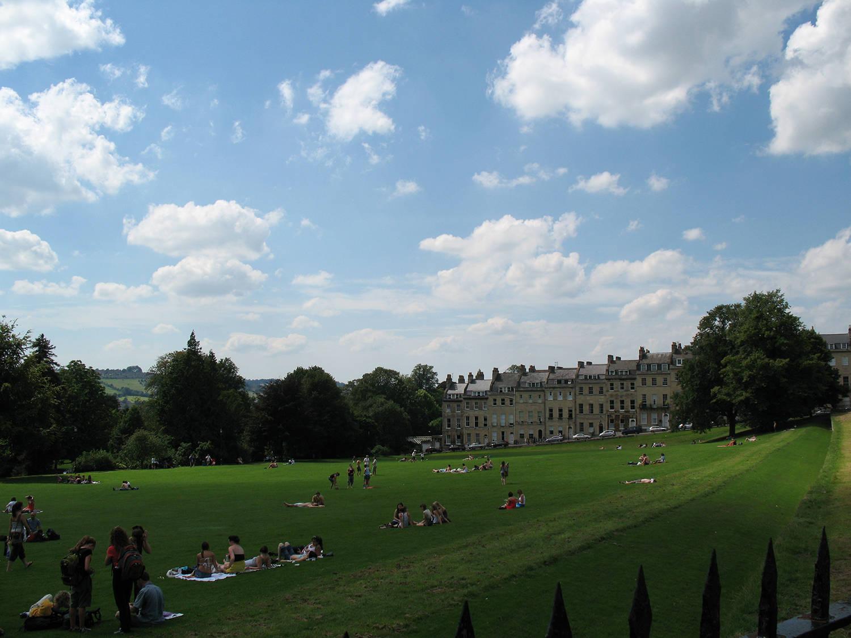 英国留学四大热门高薪专业,有你喜欢就读的专业吗?