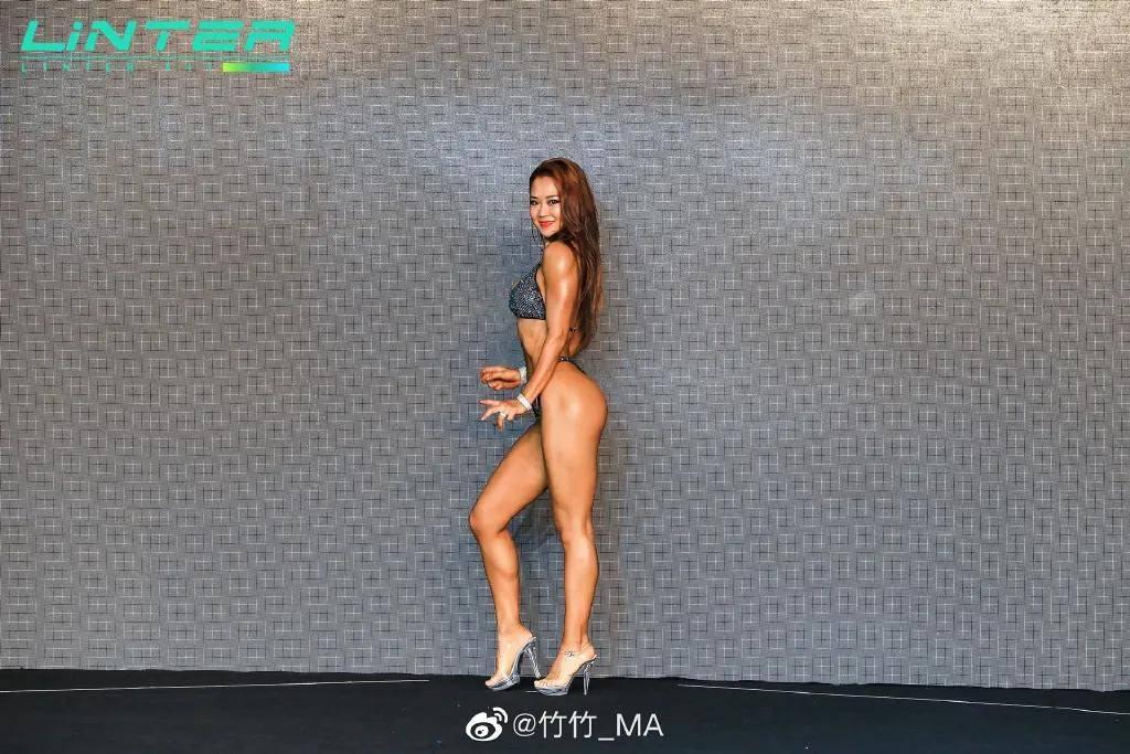 92年西安少女健身4年大变样,完美逆袭惊呆网友:手中的鸡腿突然不香了