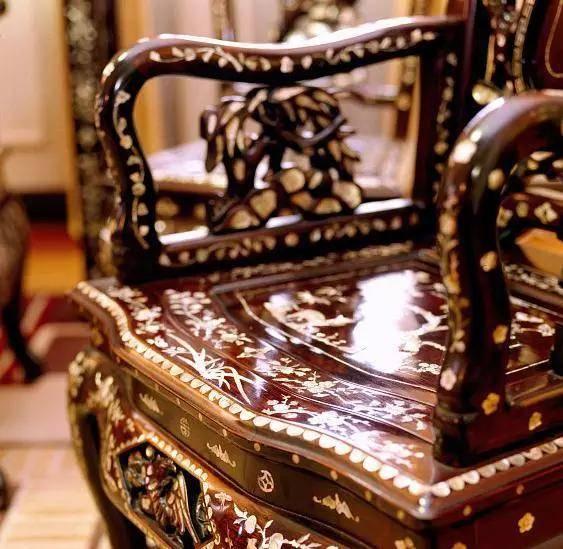 简而言之,红木家具要求造型美观 红木家具分哪