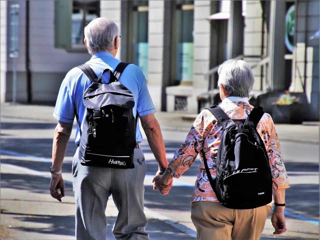 31省份已全部上涨养老金,为啥国家始终坚持养老金每年都涨?
