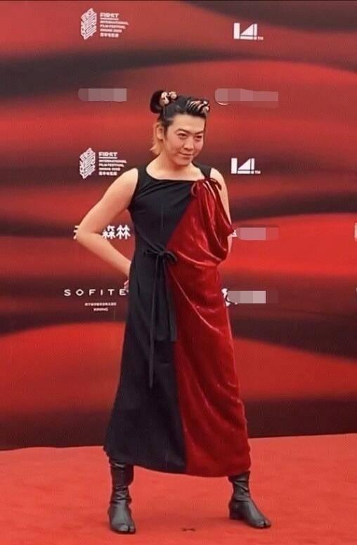 男星扮女装是时尚还是炒作?姜思达回应红毯造型:我没感到抱歉