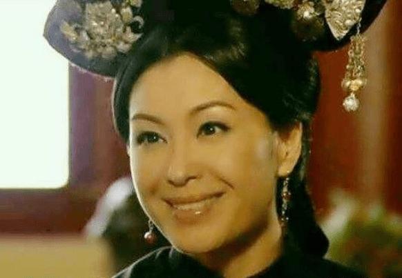她是香港著名女星,21岁嫁大30岁富豪,刚结婚13天就守寡