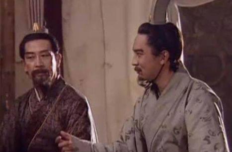 三国时期出现那么多谋士,卧龙、凤雏能否称得上第一?
