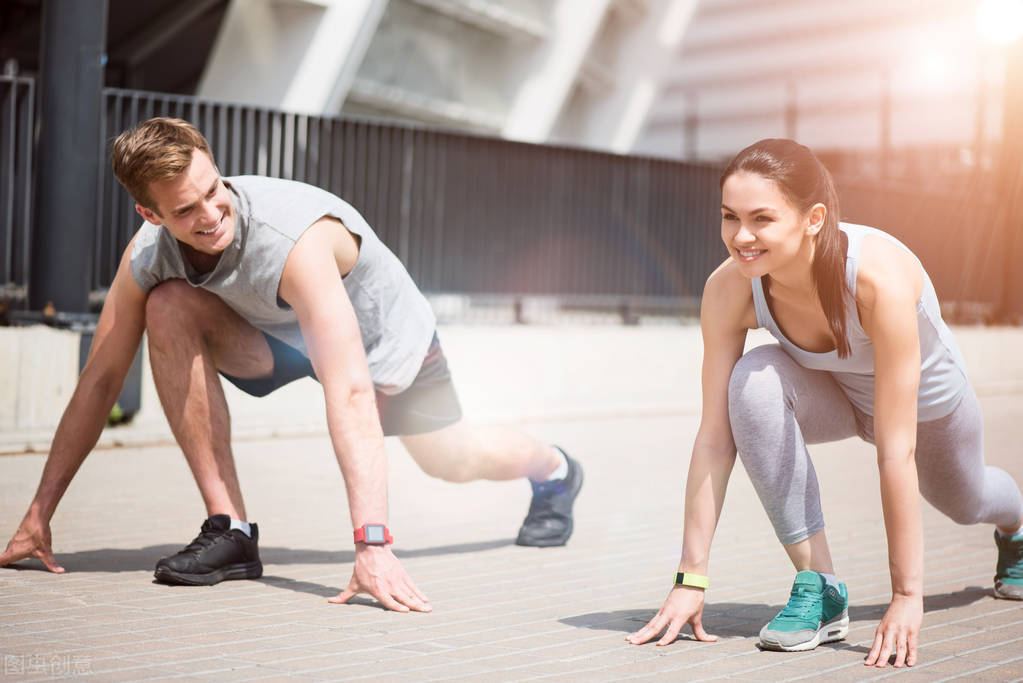 每天1小时力量训练的人,跟普通人对比,二者有什么区别?