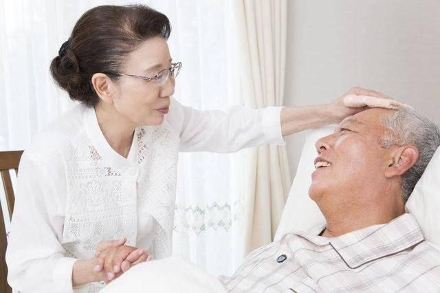 """再次提醒夫妻:这3种癌症最易发展为""""夫妻癌"""",要当心"""