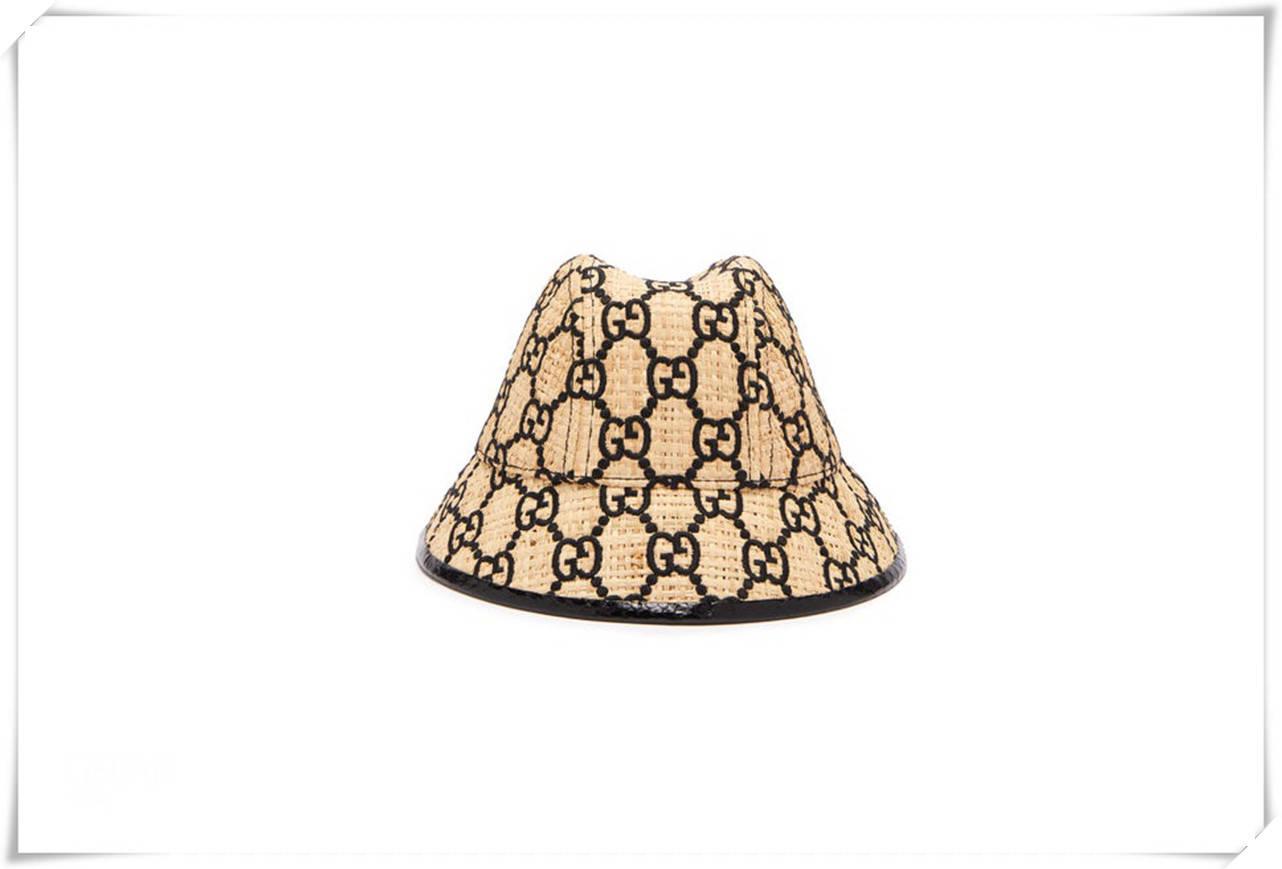 Gucci草帽、棒球帽为什么受到时尚博主欢迎?