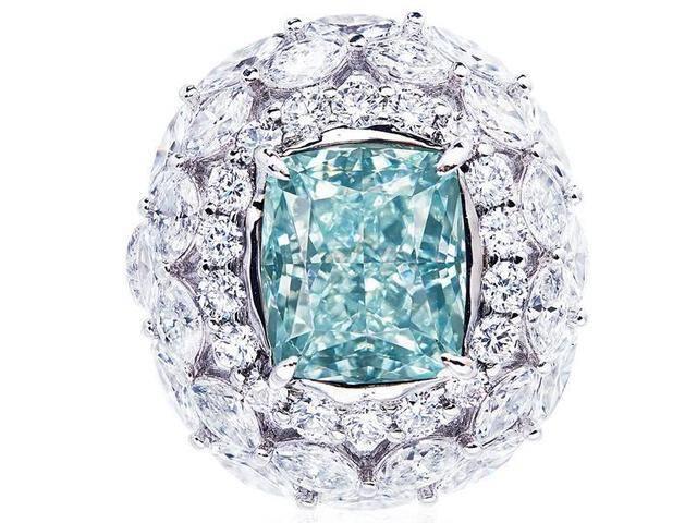 夏季特选蓝色珠宝透心凉:蓝钻、蓝宝石、海蓝宝,该如何选择?