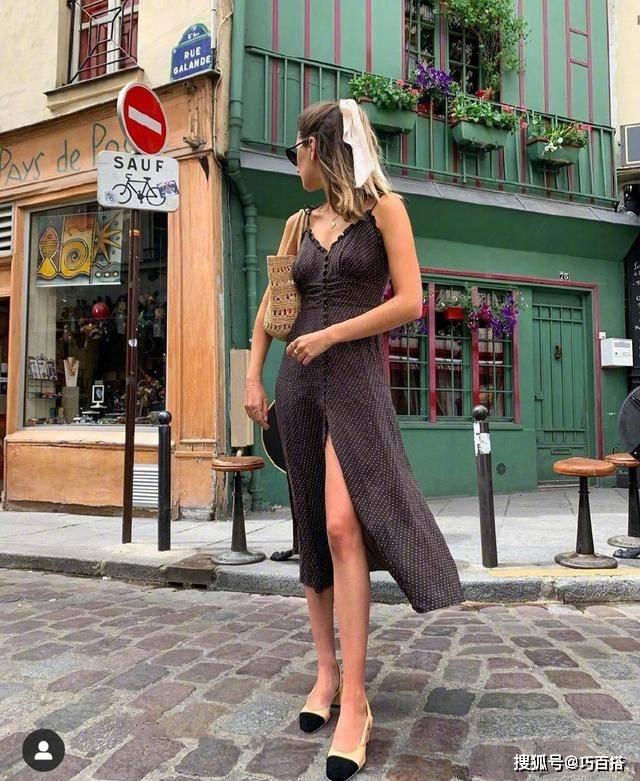 法国女人为什么那么浪漫?原来是因为搭配里的小心机,时髦又气质