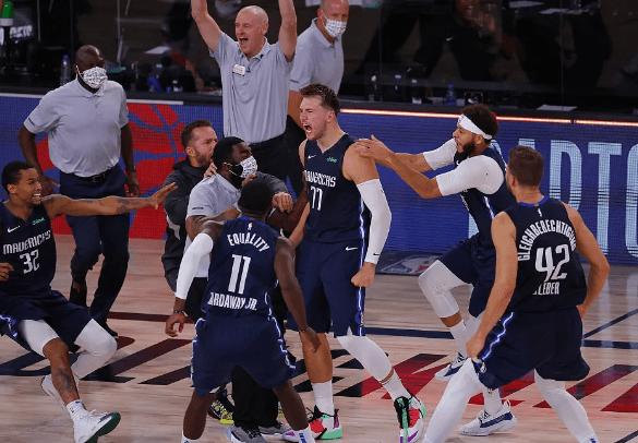 第四场,穆雷大发神威砍下50分11篮板7助攻,还是没能帮助掘金拿到一场胜利。
