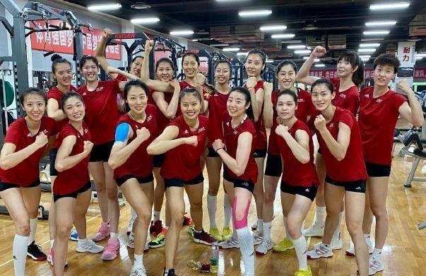 中国女排竣事7个月集训!恐即将重返赛场,3国手迎逆境能否出战?