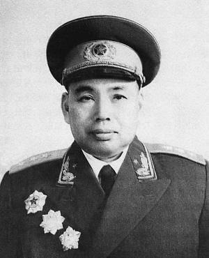 建国后,徐世友将军第一次回到家乡。他