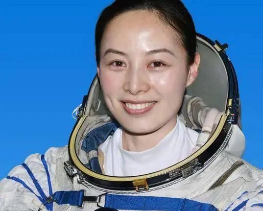 女宇航员如何保护她在太