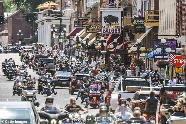 美国摩托车拉力赛致26万人确诊治疗费高达122亿美元