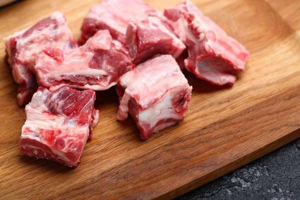 猪肉营养价值高?这5种猪肉最好别买,肉摊老板一般不会告诉你