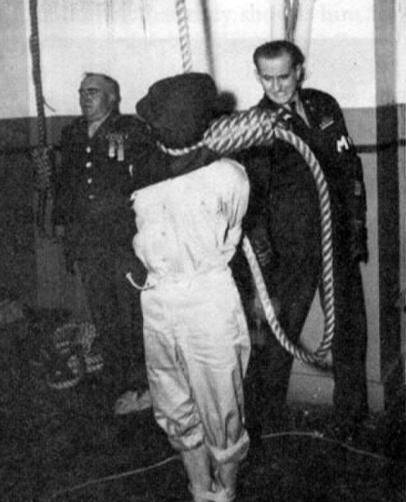 <strong>南京大屠杀策划者在绞刑过程中挣扎了</strong>