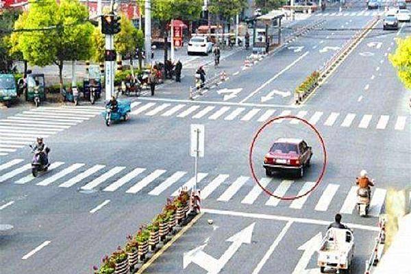 怎么闯红灯?你会因为越过停车线而受到惩罚吗? 过线算闯红灯吗