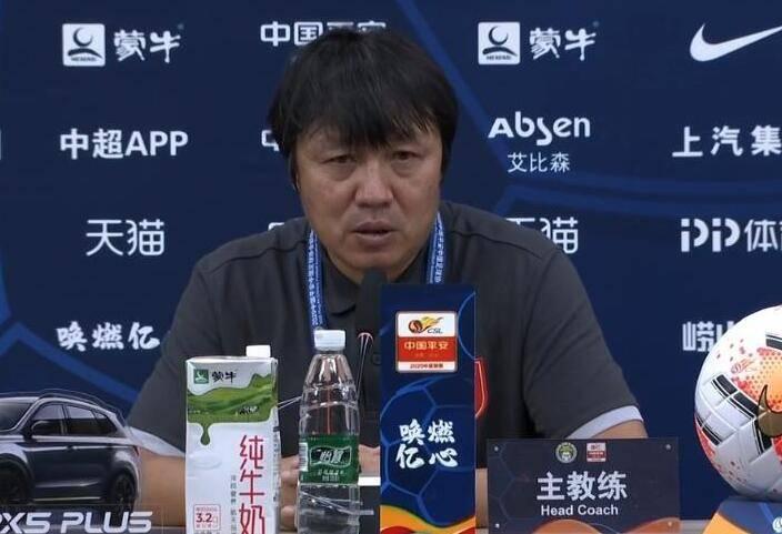 谢峰:对卡尔德克盯防可以 对别的两外援防卫