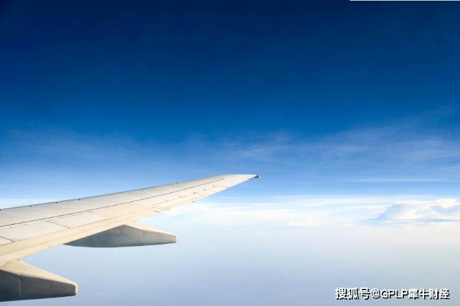 国泰航空或裁员 8月载客跌98.8% 每月仍有20亿港币开支