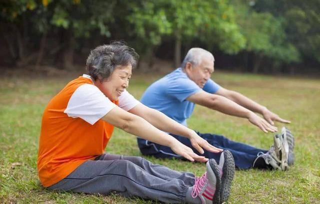 女性40岁以后,如果不想衰老得快,体重控制在这个范围内刚刚好