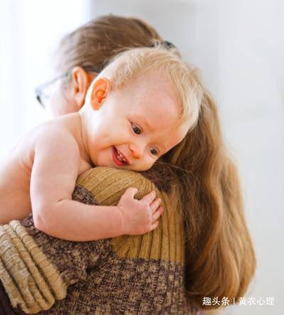 新手爸妈,如何与宝宝科学地建立关系?从娃出生起,六个点很重要