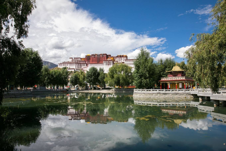 自驾游西藏,探秘九座小众宝藏村落,真正懂她的人才会来!