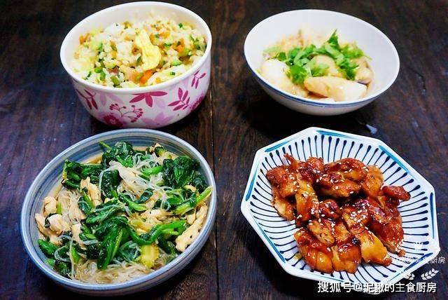 晒晒一家三口的晚餐,用心搭配,有滋有味,家人爱吃身体棒